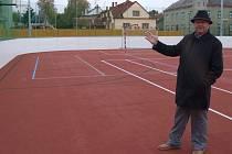 Sportoviště využívají nejenom školáci, ale také sportovci a maminky s malými dětmi.