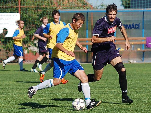 Fotbalisté Slavoje na turnaji v Chýnově pohořeli hlavně střelecky. Prosadili se až v zápase o třetí místo proti Čimelicím.