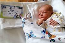 Viktor se narodil ve středu 10. března.