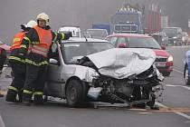 . Vážná nehoda se stala ve čtvrtek po ránu na pelhřimovském obchvatu.