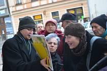 Účastníci muzejní vycházky vyslechli přednášku Zdeňka Škrabánka a rovněž se mohli vydat na procházku městem, a to s výkladem Pavla Holuba.