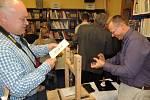 Pelhřimovská městská knihovna hostí neobvyklou výstavu.