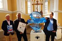 Čirou Venuši si mohou zájemci prohlédnout v Muzeu rekordů a kuriozit v Pelhřimově, modrá plastika bude k vidění na EXPO Dubaj 2021.