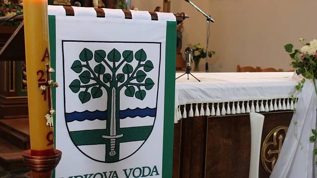 Libkova Voda oslavila své výročí požehnáním nového znaku.