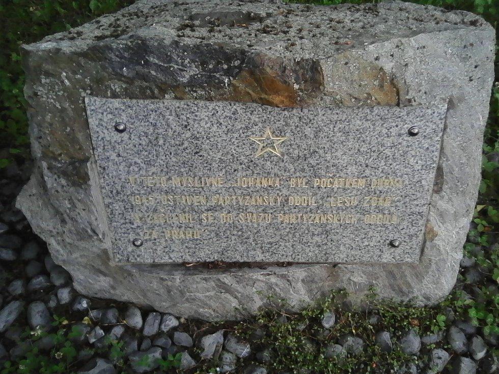 28. Pomníček partyzánům