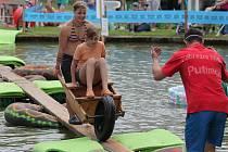 U rybníka v Putimově se bavili všichni.