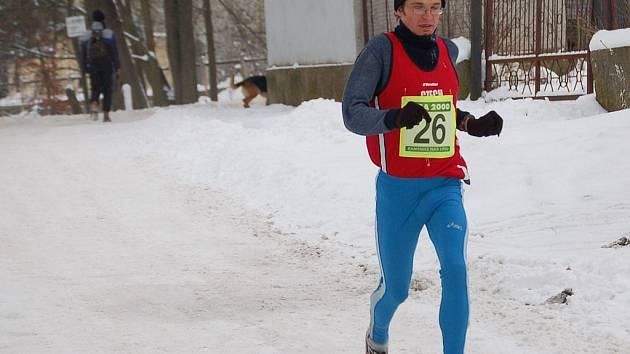 Prakticky celý závod absolvoval osamoceně Petr Pechek, vítěz elitní kategorie.