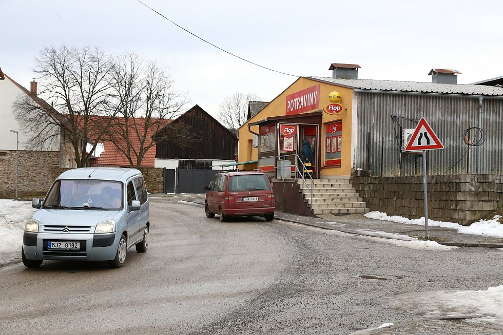 Nový Rychnov. Další prodejna potravin