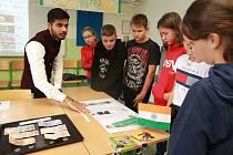 Ve čtvrtek 3. října se v prostorách školy uskutečnil speciální program Global Village.