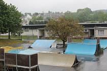 Pelhřimovský skatepark je součástí pelhřimovského sportoviště blízko autobusového nádraží a může ho využívat úplně každý. Otevřen je od 10 do 20 hodin.