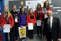 Černovický tým spolu s olympijským vítězem Janem Kůrkou, který byl v Plzni ředitelem závodů.