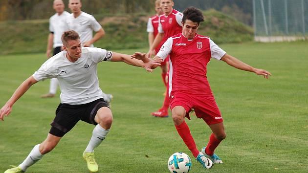 Fotbalisté Pelhřimova rozhodnutím asociace podruhé přišli o možnost postoupit do divize.