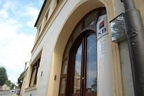 Komerční banku v Kamenici nad Lipou přepadl šestatřicetiletý muž z Vimperka.