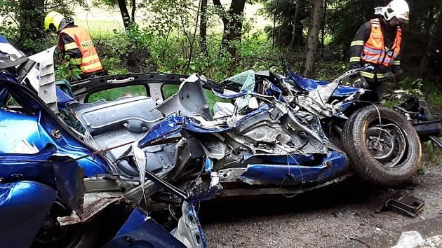 Pondělní nehoda u Polesí na Pelhřimovsku.