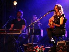V rámci svého turné se ve čtvrtek do Pelhřimova opět vrátila zpěvačka Aneta Langerová.