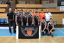 Pelhřimovským basketbalistům sice postup do turnaje play-off EYBL těsně unikl, ale  s nejlepšími si přece jen zahrají. Místo získali jako pořadatelský celek.