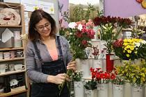 Marie Burešová z Těmic pracuje v Kamenici nad Lipou.