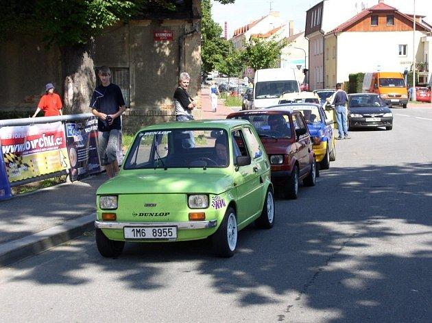 Závody do vrchu se vrátily zpátky do Pelhřimova.