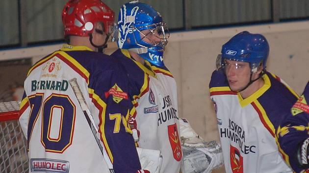 Hokejisté Humpolce si play off zahrají i letos. Poslední kolo základní části jen vyřeší, zda do něj postoupí z pátého nebo šestého místa.