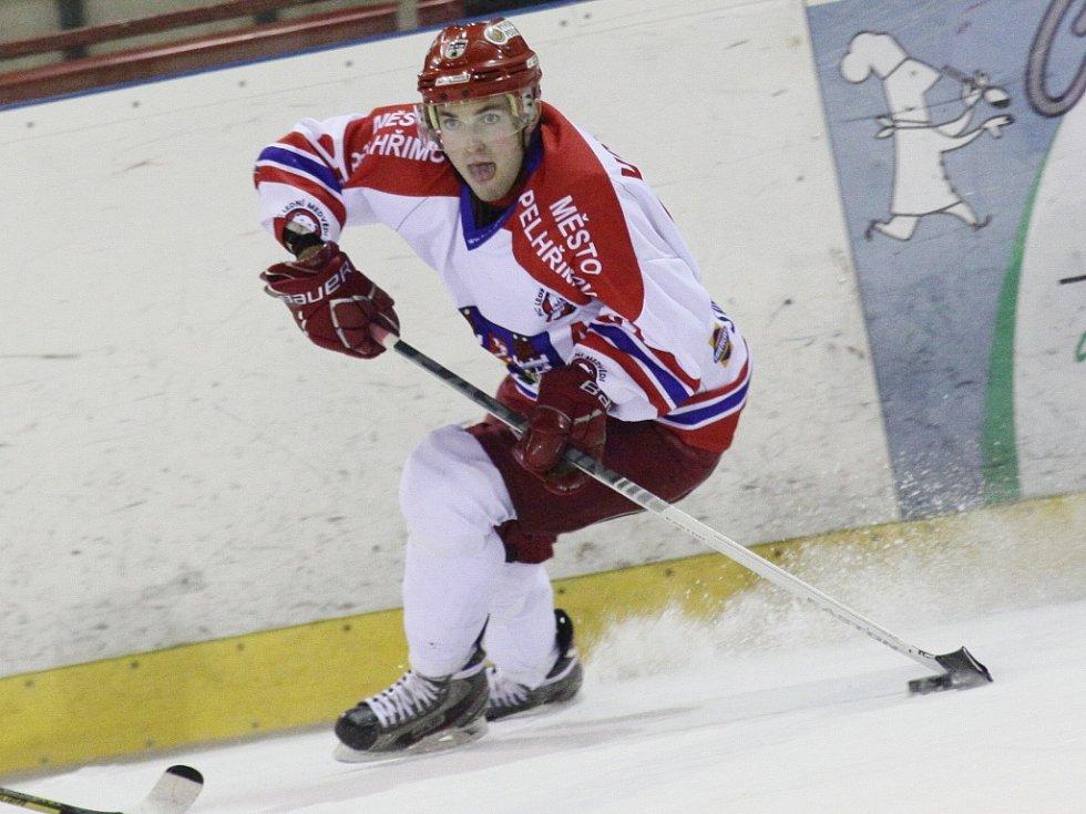Ve dvou gólových akcích svého týmu měl prsty Petr Votápek. Bohužel Pelhřimovu to v duelu s Nymburkem stačilo jen na zisk jednoho bodu.
