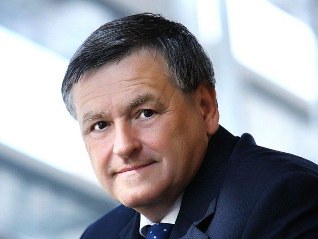 Místopředseda Asociace krajů Jiří Běhounek.
