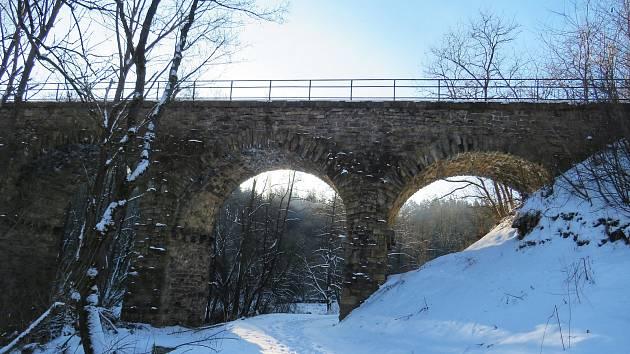 Technické památky Vysočiny: Kamenný viadukt u Pacova