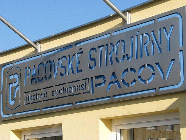 Pacovským strojírnám by měla spolupráce sBecherovkou zajistit u veřejnosti uznání.