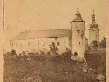 Historický snímek žirovnického zámku.