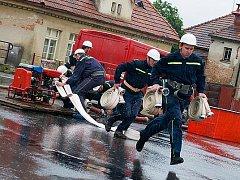 Pacovský sbor dobrovolných hasičů je vždy připraven pomoci. Jeho jednasedmdesát členů tvoří dvě výjezdové jednotky, které jsou zařazeny do Jednotky požární ochrany.