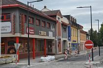 Kompletní rekonstrukce humpolecké Rašínovy ulice nabrala druhé zpoždění.