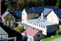 V roce 2011 byl areál pivovaru v Pacově (na snímku) prohlášen za chráněnou kulturní památku.  Nyní ho za 2,7 milionů korun kupuje město Pacov.