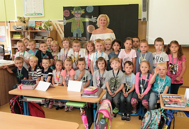 Na fotografii jsou žáci ze ZŠ Na Pražské vPelhřimově, třída 1.B paní učitelky Kateřiny Horákové.