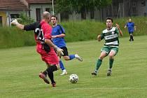 Fotbalisté Kamenice nad Lipou vyhráli na hřišti o dvě třídy níže hrajících Černovic 10:1.