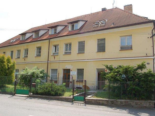 Budova léčebny v Želivě