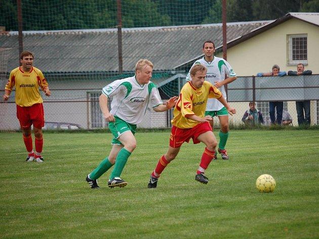 Podzimní derby fotbalistům Speřic vyšly. Po remízách s Budíkovem a Kamenící přišel plný bodový zisk v zápase s Ústrašínem.