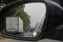Na cestě z Pelhřimova směrem na Tábor se řidiči zdrží i několik desítek minut.