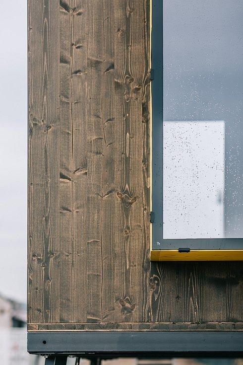 Pelhřimovská společnost TreeBee nabízí speciální posedy v modelu Domeček, Krabička a Saunička. Foto: archiv společnosti TreeBee