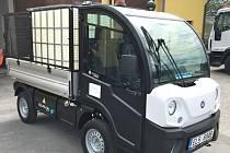Zástupci Kamenice nad Lipou pořídili do města nákladní multifunkční vozidlo s tichým a čistým provozem na baterie.