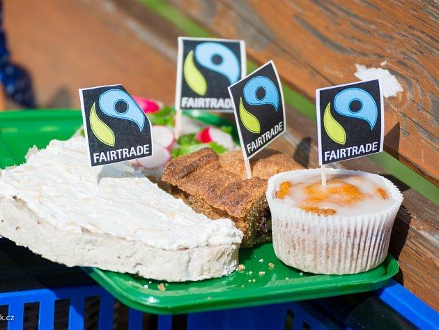U Humpoleckých měla loňská premiérová Férová snídaně úspěch, a tak se i letos sejdou v lesoparku pod Orlíkem a společně posnídají na podporu Fair Trade.