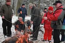 Jubilejní třicátý zimní výstup turistů na Křemešník se povedl.