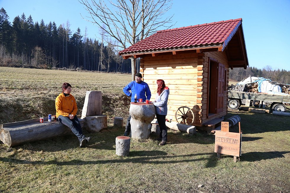 Cykloroubenku U Kaštanu provozují manželé Blažkovi v Chaloupkách u Nového Rychnova.