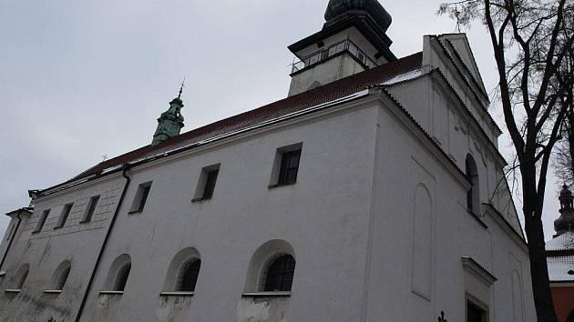 Kostel svatého Bartoloměje v Pelhřimově (na snímku) bude na Druhý svátek vánoční hostit benefiční koncert na opravu varhan v kostele Nejsvětější Trojice na Křemešníku