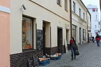 Tak vypadá obchod ve Školní ulici.