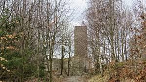 Poklad a tajné chodby. Tajemná zřícenina hradu Orlík láká k návštěvě