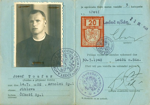 Řidičský průkaz Josefa Toufara.