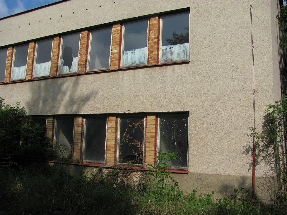 Areál bývalé cihelny ve Stojčíně.