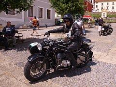 Historické motocykly v Pacově.