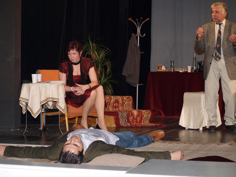 Počátecký divadelní soubor J.K.Tyl letos nastudoval Švagřičky.