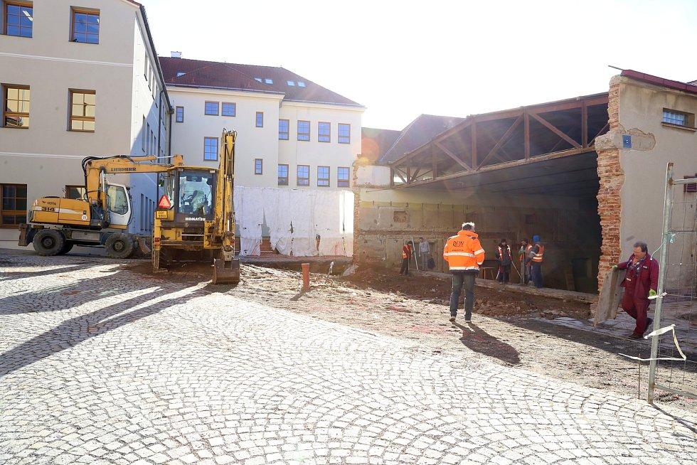 Stavba komunitního centra v Pacově.