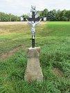 Kříž, který prošel obnovou spolkem Zelené srdce.